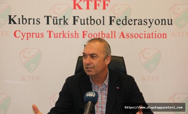 'Gençliğin ve futbolun önü açılmalı'