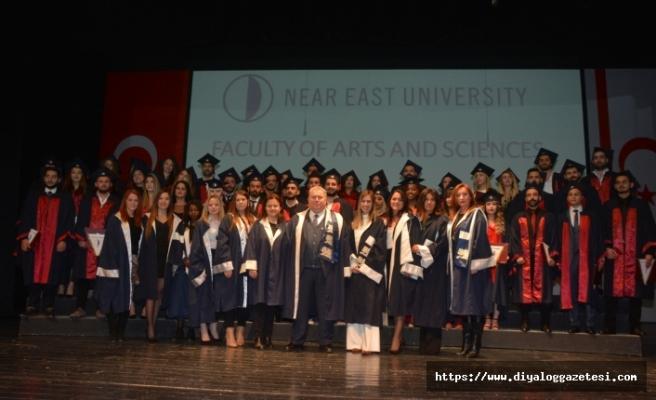 YDÜ Fen-Edebiyat Fakültesi mezuniyet töreni yapıldı