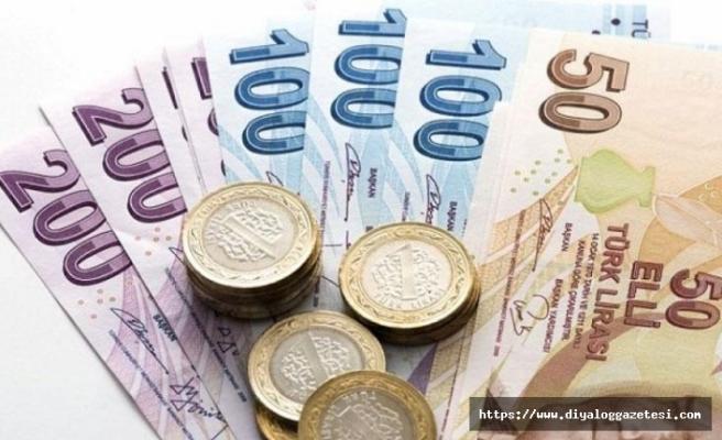 Asgari ücrete itiraz ediyor