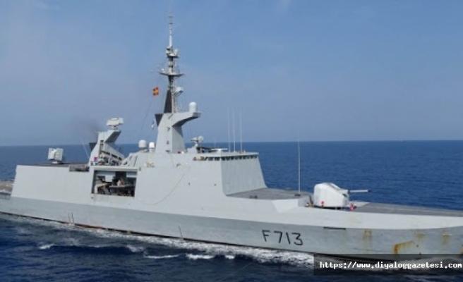 Fransa deniz kuvvetleri Larnaka limanına demirledi