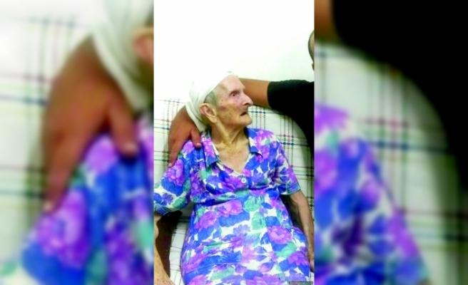 102 yaşında göçtü.. Hayatı çalışarak geçti