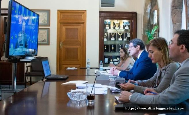Anastasiadis, Türkiye'yi şikayet etti
