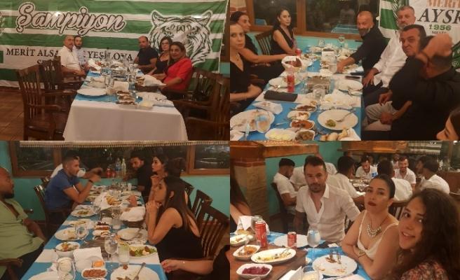 İkincilik kutlamasnıı Kebab House'de gerçekleşti