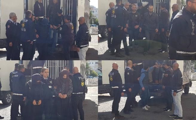 7 mülteciyi tespit ederek tutukladı