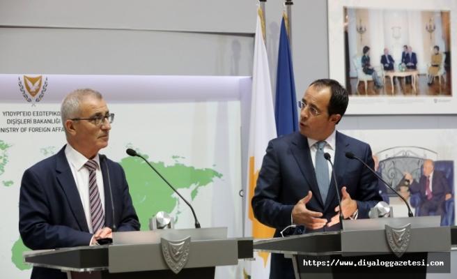 Libya'yı örnek gösterdi