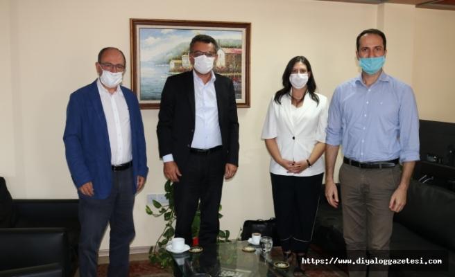 Erhurman mutakabat hükümeti önerdi