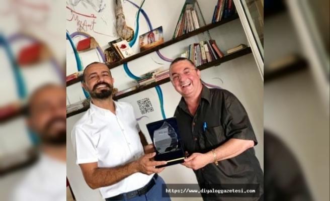 Hasan Çakmak'a bir ödül de MyART Sanat Merkezi'nden geldi