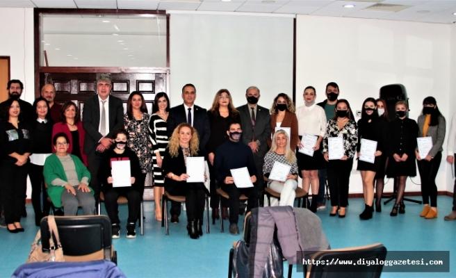 Türk İşaret Dili Modül-1 Eğitim programına katılanlara sertifikaları verildi