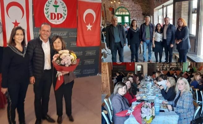 DP Mağusa Kadın Kollarının düzenlediği yılbaşı balosuna katılan Ataoğlu, gelecek yıl için umutlu konuştu