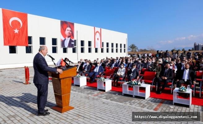 Sağlık Bilimleri Fakültesi'nin yeni binasının açılışında konuşan Tatar, yatırımların önemine vurgu yaptı