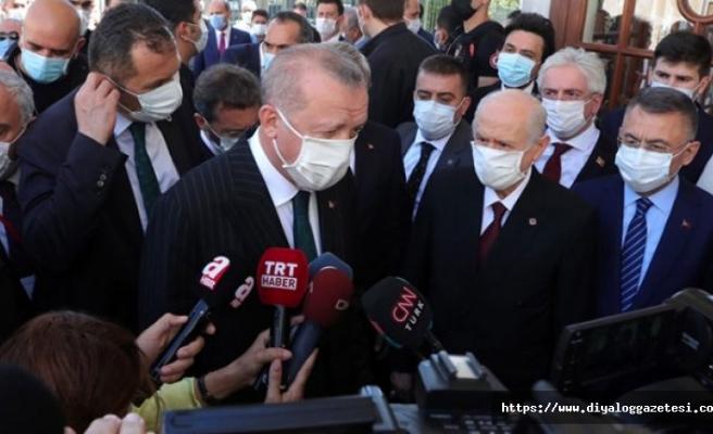 """""""Türkiye'ye 3 milyon aşı geldi"""""""