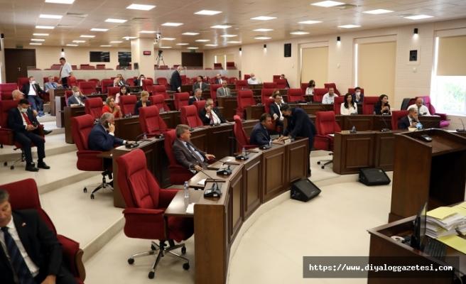 Meclis 3 ay tatile girmeye hazırlanıyor