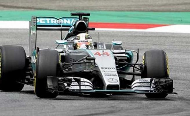 Avusturya'da ilk cep Hamilton'un