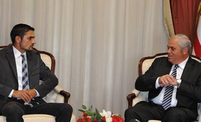 Başbakan Yorgancıoğlu hayvanseverler platformu heyetiyle görüştü