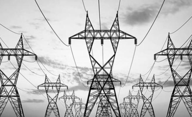 Bazı köyler 7 saat elektriksiz