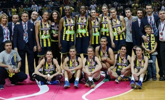 Fenerbahçe Avrupa üçüncüsü