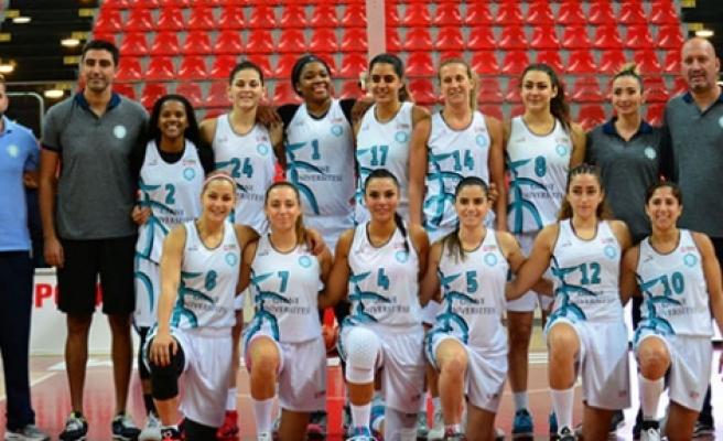 Girne Üniversitesi lige mağlubiyet ile başladı 84-71