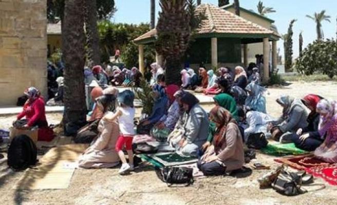 Hala Sultan Tekkesi'nde gönüller huzur doldu