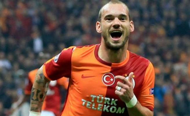 İkinci kaptan Sneijder