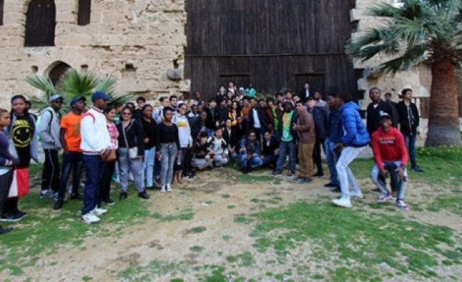 Kıbrıs tanıtıldı