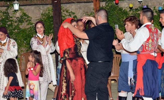 Kıbrıs tüten  kına gecesi