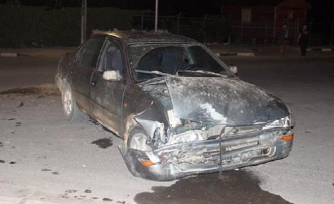 Larnaka yolunda  korkutan kaza