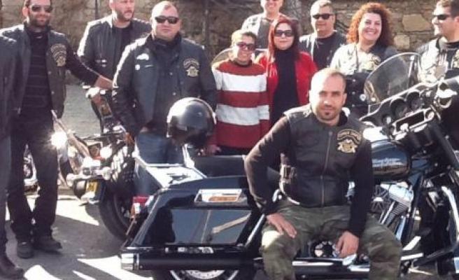 Motosikletçilerden örnek etkinlik