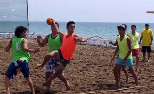 Plaj hentbolu için kayıtlar başladı
