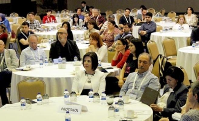 Siber: Ülke kongre  Turizmi için uygun
