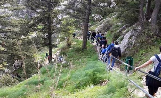 St. Hilarion'a tırmandılar