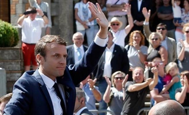 Zafer Macron'un