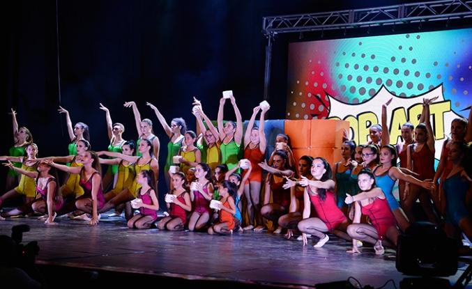 Kemal Saraçoğlu Lösemili Çocuklar ve Kanserle Savaş Vakfı yararına dans gösterisi düzenlendi