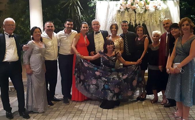 Çilem Esenyel ile Erdinç Özteknik'in düğününde eğitim ve iş dünyası bir araya geldi