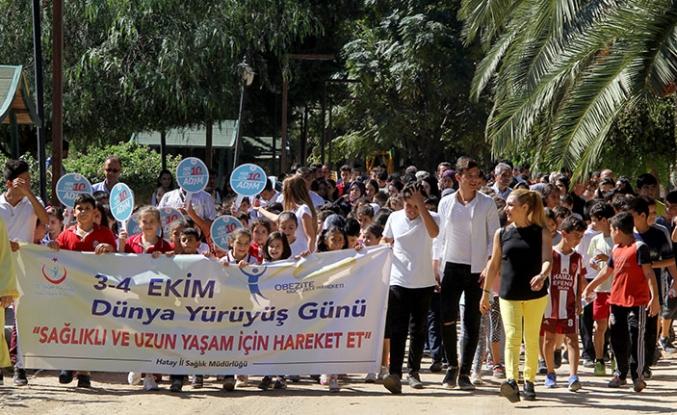 """Dünya Yürüyüş Günü dolayısıyla Türkiye'nin bazı illerinde """"Sağlığın İçin Hareket Et"""" etkinlikleri düzenlendi"""