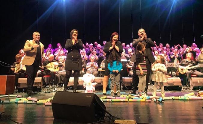 Otizm Farkındalık Haftası nedeniyle düzenlenen 'Bir Umut' konseri büyük ilgi gördü