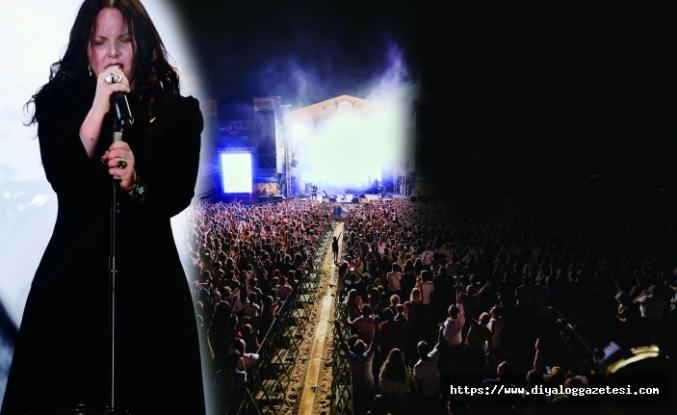 Şebnem Ferah Trakya festivalinin ilk günü izleyenleri büyüledi