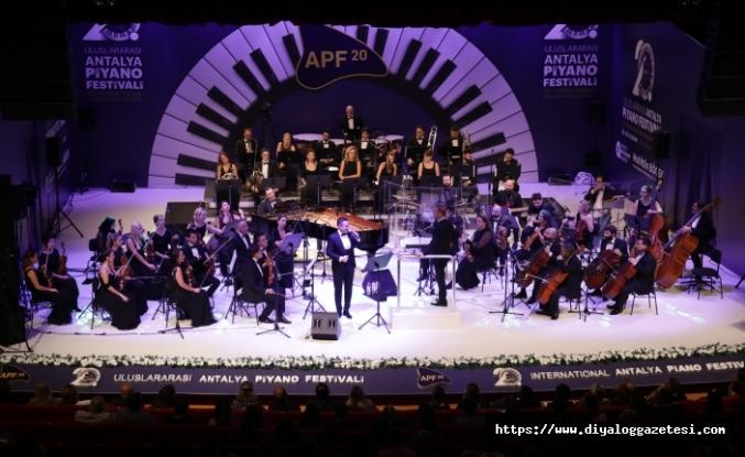 20'inci Uluslararası Piyano Festivali muhteşem bir gece ile başladı